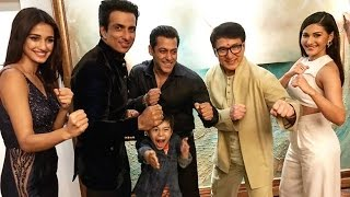 Salman Khan POSES With Kung Fu Yoga Team - Jackie Chan, Sonu Sood