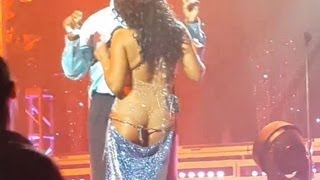 TONI BRAXTON JOKES ABOUT WARDROBE MALFUNCTION AT CONCERT!