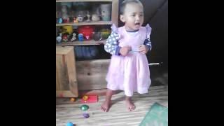 Iaroh ia u trai khasi song by 2yrs old child