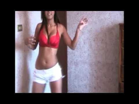 Mimy Regia baila reggaeton