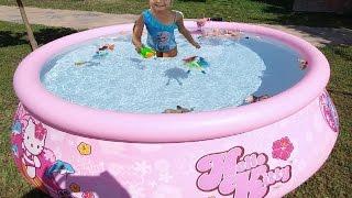 Elif yeni hello kitty havuzda yüzüyor.Barbie anna  hande  birlikte, Eğlenceli çocuk videosu