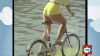 A Gostosa da Bicicleta / Sexy and Cycling