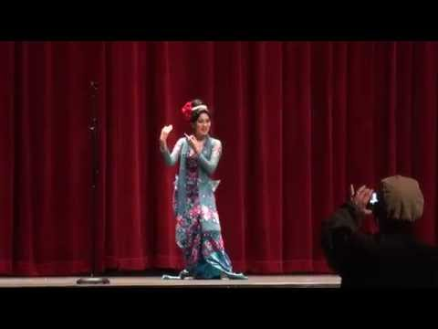 Xxx Mp4 Moe Yu San Shwe Min Ta Mee Lay Ka Nay Han Perform In Los Angeles With We Love Rose 3gp Sex