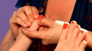 2 Reflexology Techniques for the Toes   Reflexology