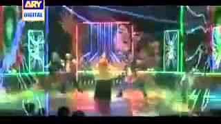 qandeel baloch dance performance in desi kuryan 5