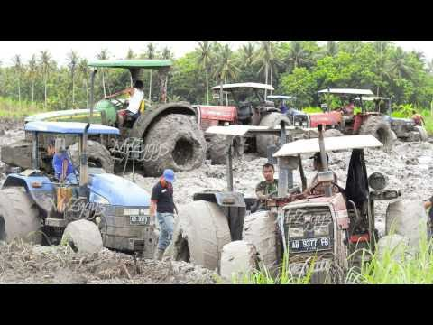 10 Tractors Bogged Stuck In Mud Heavy Recovery Tractor Pulling