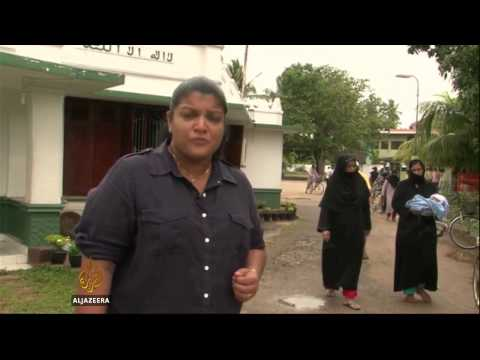 Sri Lanka deports Pakistani asylum seekers