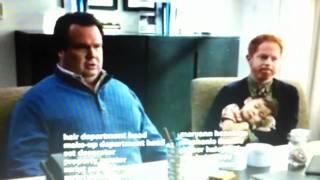 Modern Family [20th Century Fox] : Cam pretending he's Native American