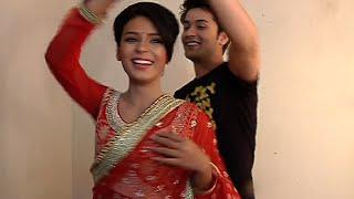 Shashtri Sisters - Neil and Devyani's Romantic Dance