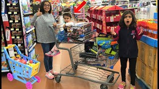 Kids Pretend Play Shopping at Toys store for fun surprise birthday toy