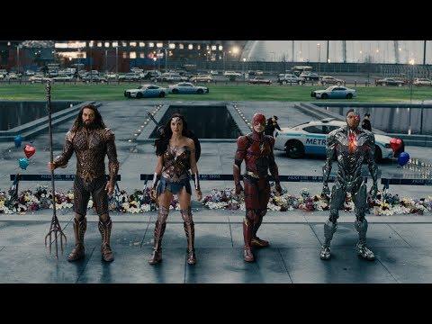 Justice League Comic Con Sneak Peek HD