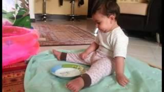 آناهیتا لطفی زاد عشق ما در حال غذا خوردن با سر