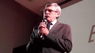 Człowiek istotą etyczną | Juliusz Kaczanowski | TEDxMickiewiczHighSchool