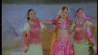 Mohey Chhota Mila Hai - Sachin & Sarika - Geet Gaata Chal