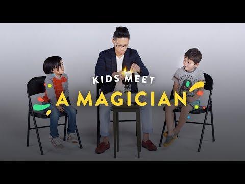 Kids Meet a Magician Kids Meet HiHo Kids