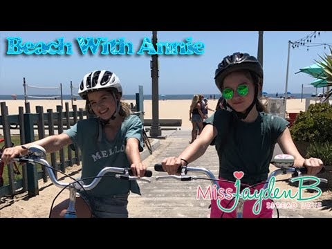 Beach with Annie Weekly Vlog Day 3
