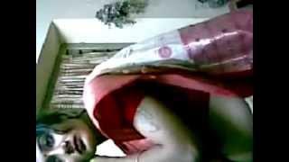 Mallu Aunty Hot Navel And Boob Show