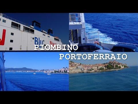 Traghetto Blu Navy Piombino Portoferraio con panorama sulle coste dell'Isola d'Elba