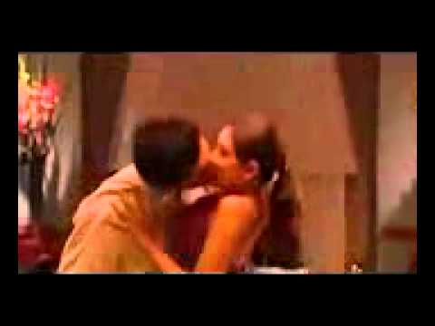 Nafsu Birahi Ciuman Panas
