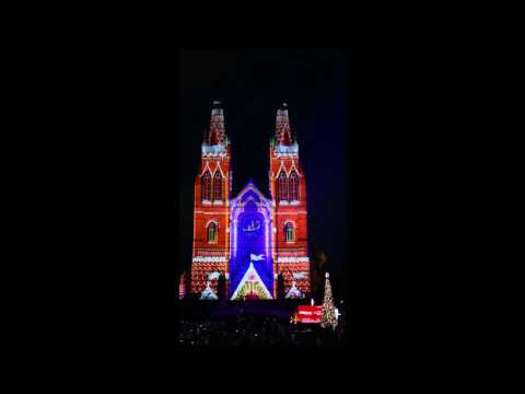 2016 Sydney's St Mary's Cathedral Christmas light display