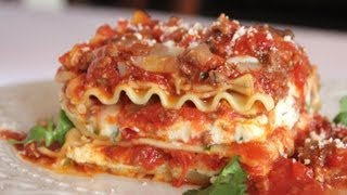 Download The Best Meat Lasagna Recipe -- How to Make Homemade Italian Lasagna Bolognese 3Gp Mp4