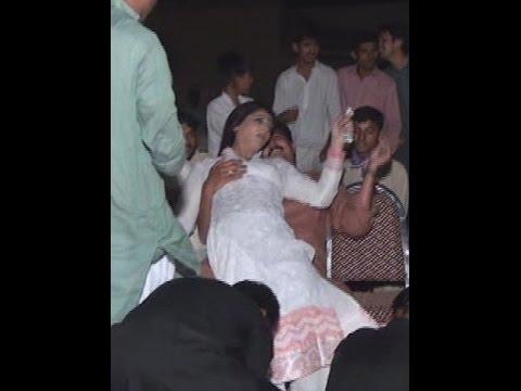 pakistani sexy  hot girl marriage dance hot hd mujra new mujra2