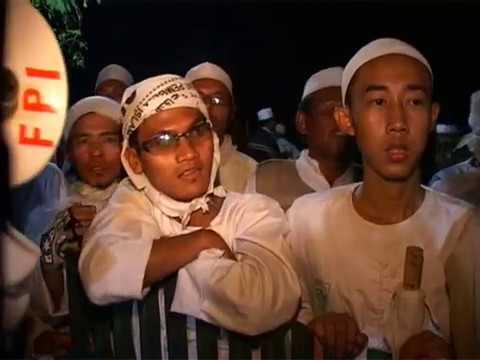 FPI Fr0n Pembel4 Islam Razia C4fe Remang-rem4ng