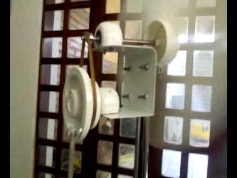 Miniatura de cata vento p bombear água.