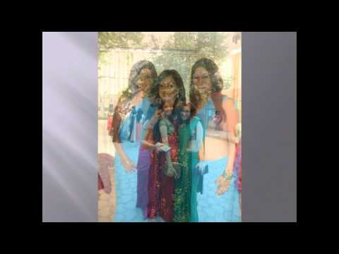 Real Life Indian (Desi) Girls/Bhabhis/Aunties showing there Navel/Belly