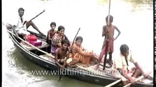Padma Nadir Majhi (Boatman of the river Padma) film being made in India