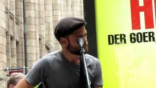 Passenger - Strangers Town (New Song) @Busking in Hamburg