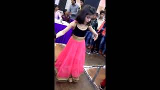 cute little girl awesome dance/desi look/annie/ pt 1