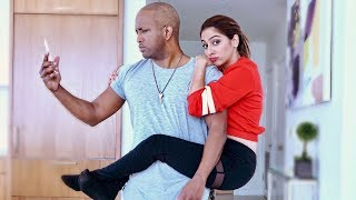 WHEN A GIRL OBVIOUSLY LIKES YOU! (ft. SWOOZIE)