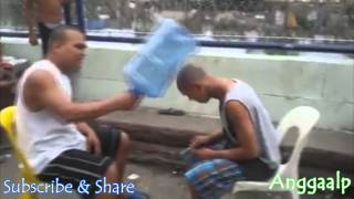 [Funny Game Hit Each Other Head Wear Gallon] Video lucu Permainan saling pukul kepala pakai GALON
