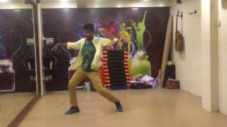 Zumba fitness routine on Bollywood Song Cham Cham(Baaghi)