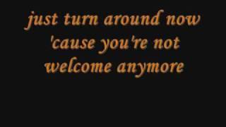 Gloria Gaynor - I Will Survive with Lyrics (on screen)