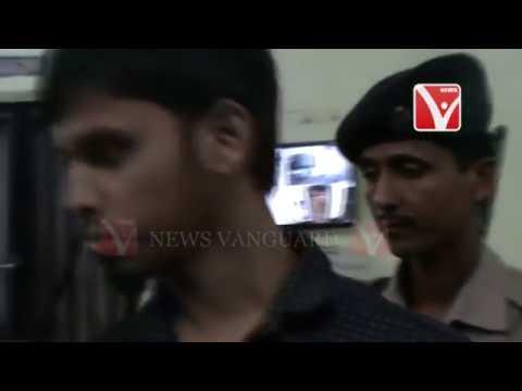 Xxx Mp4 দুই বাংলাদেশি ব্যক্তিকে আটক করে পশ্চিম থানা পুলিশ Telecast On 6 6 2018 3gp Sex