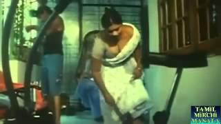 Aunty Maid Seducing Owner hot boobs showing  Mallu