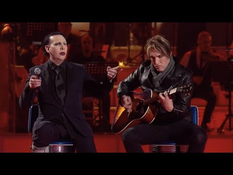 Xxx Mp4 Marilyn Manson And Tyler Bates Performing Sweet Dreams Acoustic Live On Italian TV Show MUSIC 3gp Sex