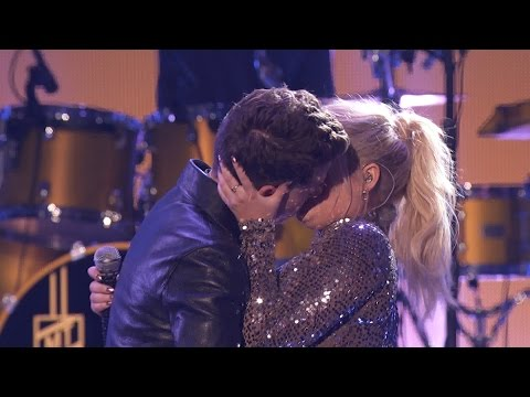 Download Meghan Trainor & Charlie Puth - Marvin Gaye AMAs 2015 On VIMUVI.ME