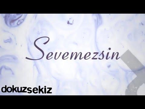 Pera Sevemezsin Lyric Video
