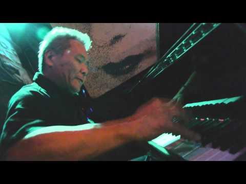 Rosa's Ariyo piano James Wheeler, Rosa's Lounge, C