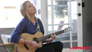 LADYGUNN TV | LISSIE SINGS THEY ALL WANT YOU | ACOUSTIC