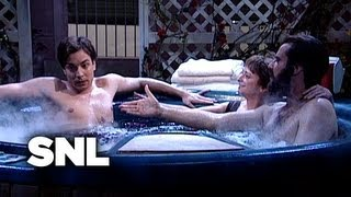 Love-ahs in the Hot Tub - Saturday Night Live