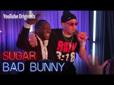 Download Lagu Bad Bunny pays it back to a deaf fan who loves to dance. MP3