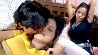 हॉट मोनालिसा को प्यार की बीमारी - Hot Monalisa Scene - Bhojpuri Hot Uncut Scene 2017 new