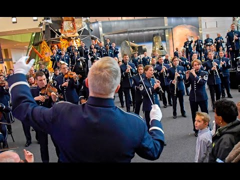 watch The USAF Band - 2016 Holiday Flash Mob