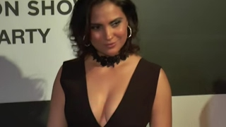 Lara Dutta's AWKWARD NIP SLIP MOMENT caught on camera | OOPS