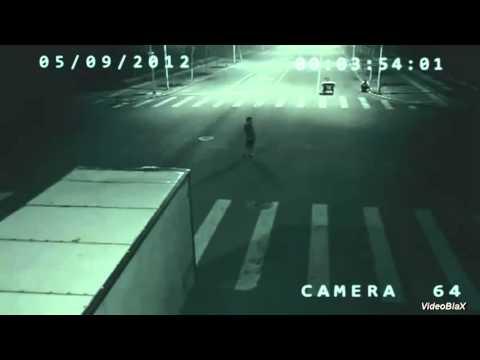 Reportagem Fantástico. Anjo ou um Mutante Salva ciclista na China.