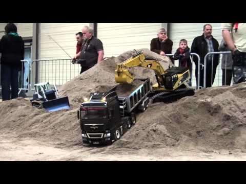 Erlebniswelt Modellbau Erfurt 2014 Modelltruck Parcours
